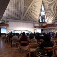 【日曜礼拝】(4) 礼拝堂では前方の席から詰めてお座りください